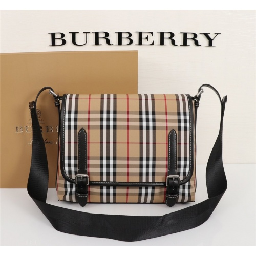 Burberry AAA Messenger Bags For Women #855555
