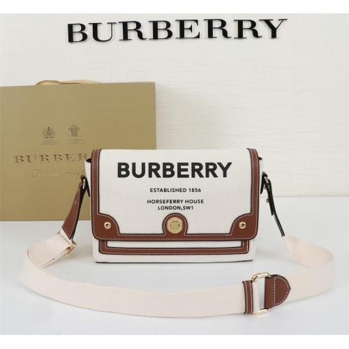 Burberry AAA Messenger Bags For Women #855558