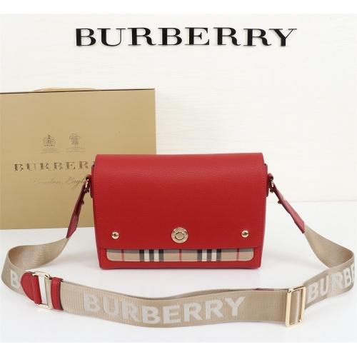 Burberry AAA Messenger Bags For Women #855560