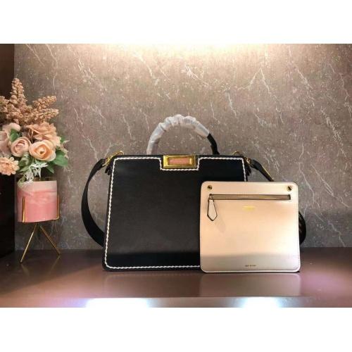 Fendi AAA Quality Handbags For Women #855567
