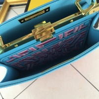 $132.00 USD Fendi AAA Quality Handbags For Women #852250