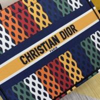 $76.00 USD Christian Dior AAA Handbags For Women #854301