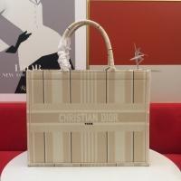 $76.00 USD Christian Dior AAA Handbags For Women #855089
