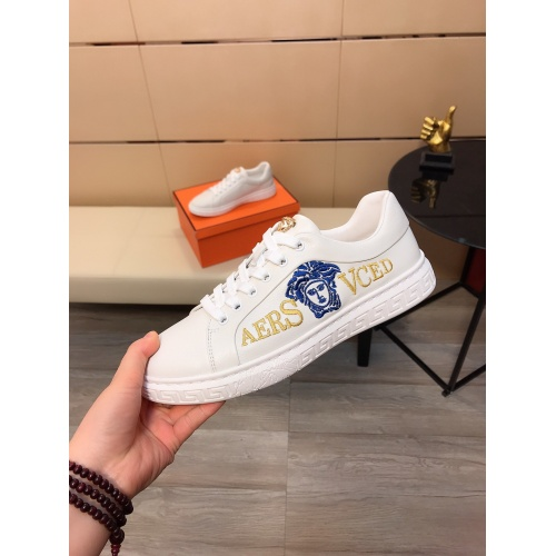 Replica Versace Casual Shoes For Men #855933 $76.00 USD for Wholesale
