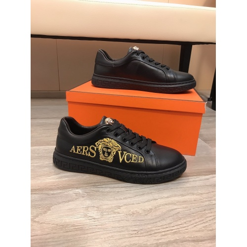 Versace Casual Shoes For Men #855934 $76.00, Wholesale Replica Versace Casual Shoes