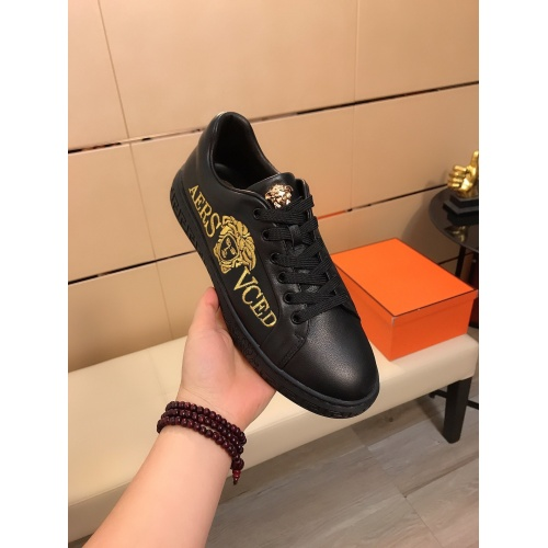 Replica Versace Casual Shoes For Men #855934 $76.00 USD for Wholesale