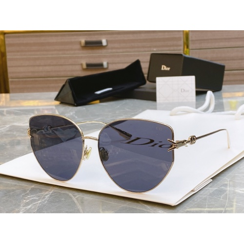 Christian Dior AAA Quality Sunglasses #856346
