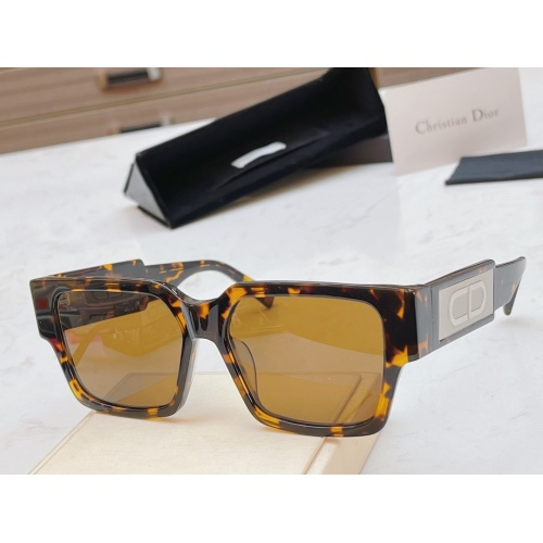 Christian Dior AAA Quality Sunglasses #856374
