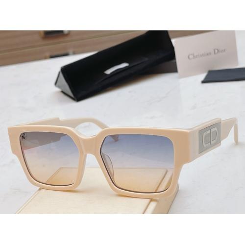 Christian Dior AAA Quality Sunglasses #856375
