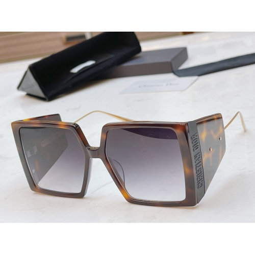 Christian Dior AAA Quality Sunglasses #856377
