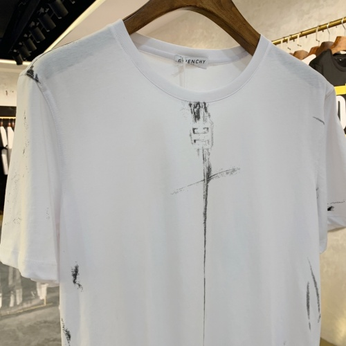 Replica Givenchy T-Shirts Short Sleeved For Men #856399 $41.00 USD for Wholesale