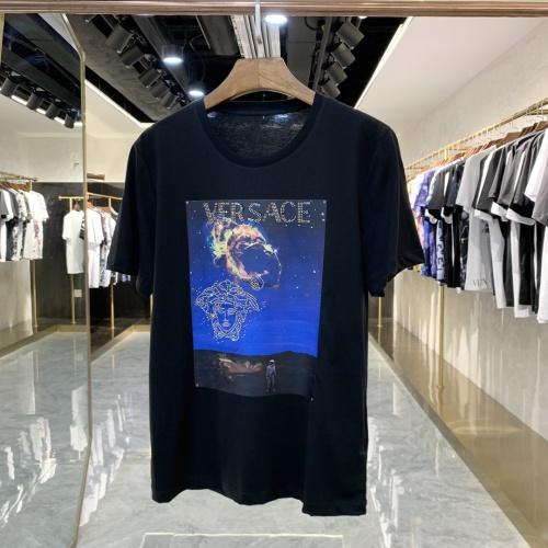 Versace T-Shirts Short Sleeved For Men #856421