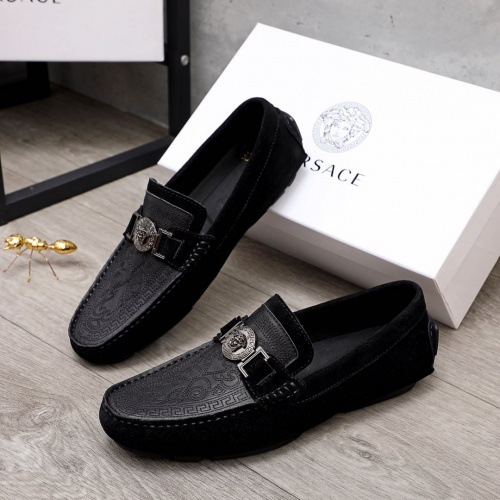 Replica Versace Casual Shoes For Men #856508 $68.00 USD for Wholesale