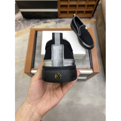 Replica Versace Casual Shoes For Men #856517 $72.00 USD for Wholesale