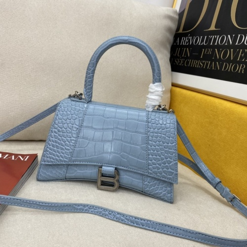 Balenciaga AAA Quality Messenger Bags #856979