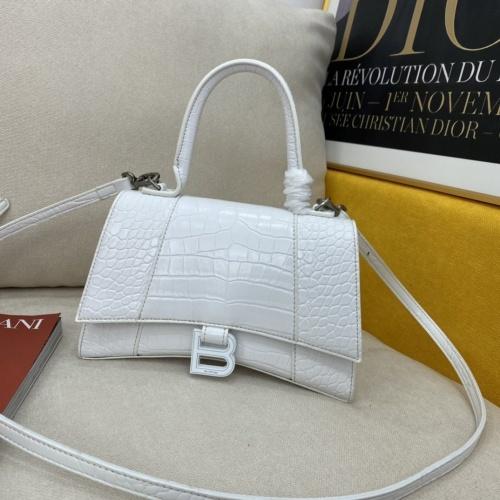 Balenciaga AAA Quality Messenger Bags #856983