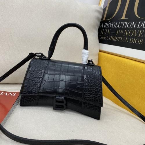 Balenciaga AAA Quality Messenger Bags #856985