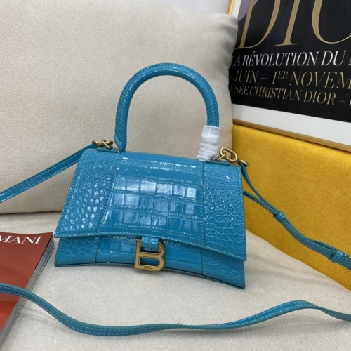 Balenciaga AAA Quality Messenger Bags #856990