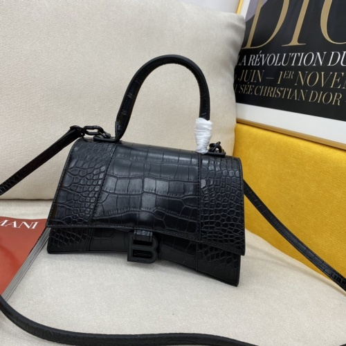 Balenciaga AAA Quality Messenger Bags #856995