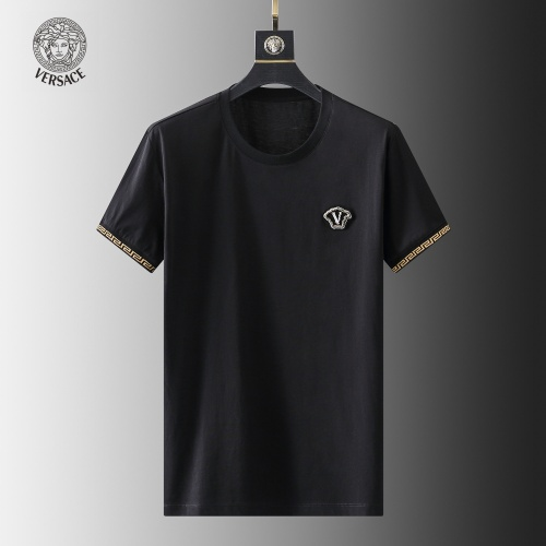 Versace T-Shirts Short Sleeved For Men #857880