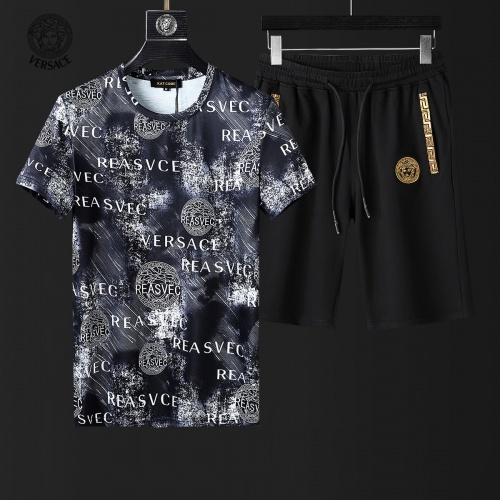 Versace Tracksuits Short Sleeved For Men #857978