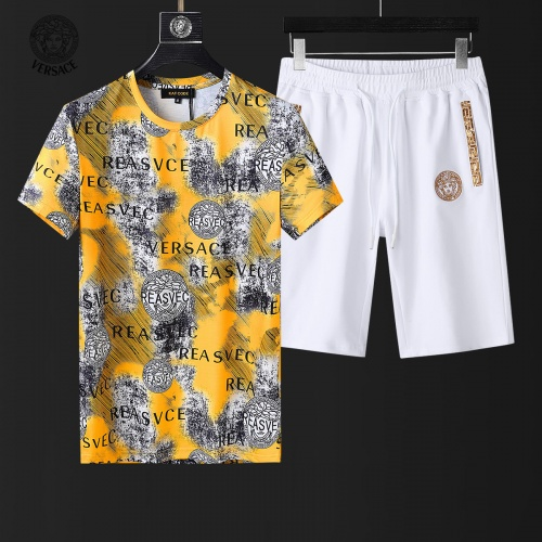 Versace Tracksuits Short Sleeved For Men #857980