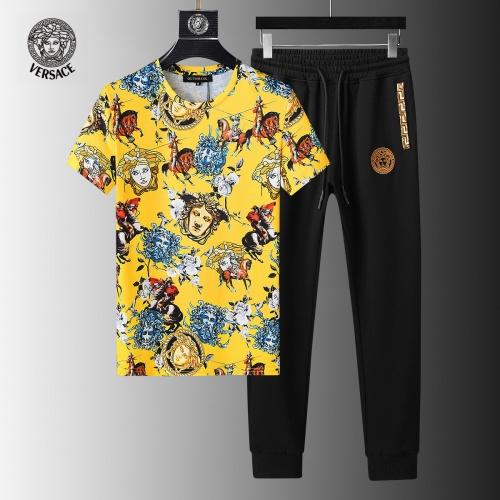 Versace Tracksuits Short Sleeved For Men #858097