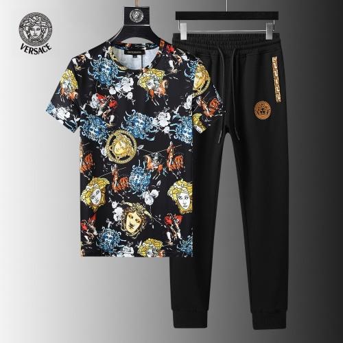 Versace Tracksuits Short Sleeved For Men #858098