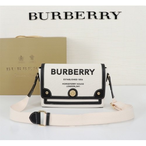 Burberry AAA Messenger Bags For Women #858273