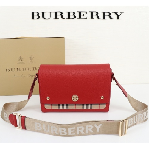 Burberry AAA Messenger Bags For Women #858275