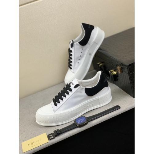 Alexander McQueen Shoes For Men #858342