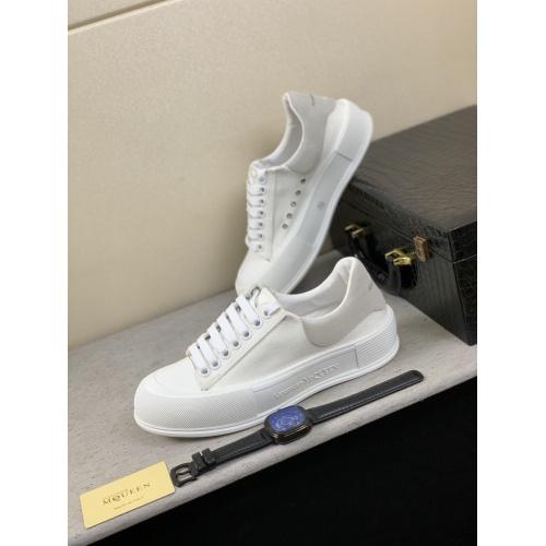 Alexander McQueen Shoes For Men #858343