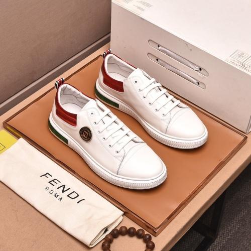 Fendi Casual Shoes For Men #858366