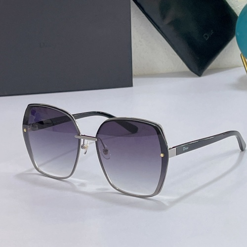 Christian Dior AAA Quality Sunglasses #858731