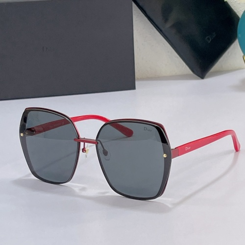Christian Dior AAA Quality Sunglasses #858733