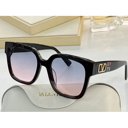 Valentino AAA Quality Sunglasses #858753