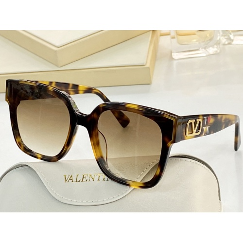 Valentino AAA Quality Sunglasses #858757
