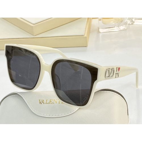 Valentino AAA Quality Sunglasses #858759