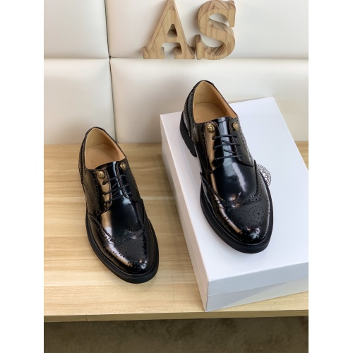 Replica Versace Leather Shoes For Men #859216 $108.00 USD for Wholesale