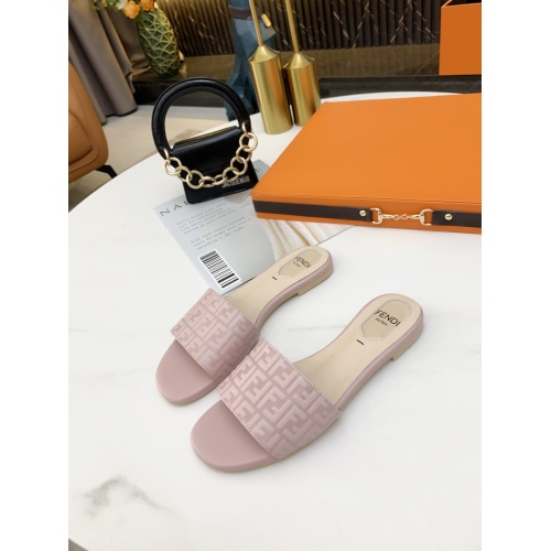 Fendi Slippers For Women #859387