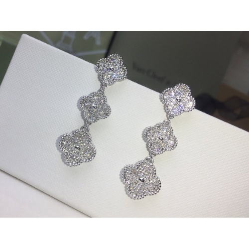 Van Cleef & Arpels Earrings #859548