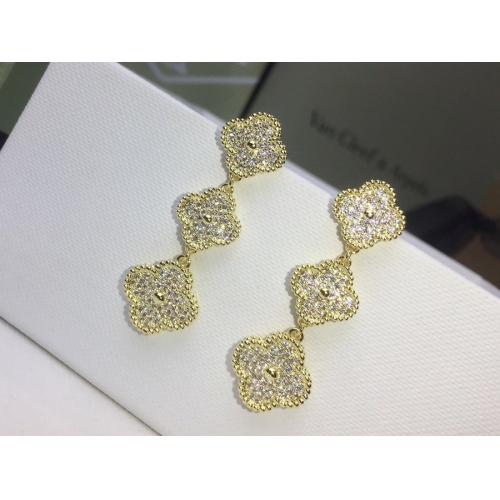 Van Cleef & Arpels Earrings #859549