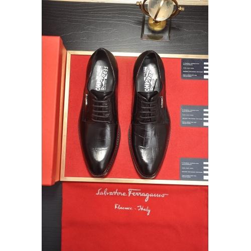 Ferragamo Leather Shoes For Men #859557