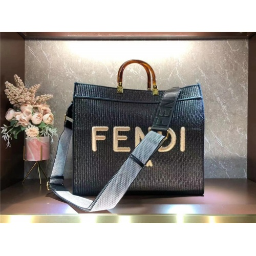 Fendi AAA Quality Tote-Handbags For Women #860286