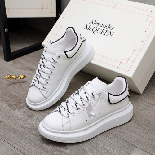 Alexander McQueen Shoes For Men #860328