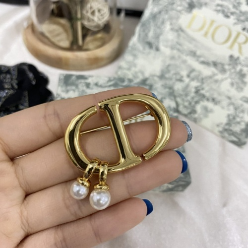 Christian Dior Brooches #860435