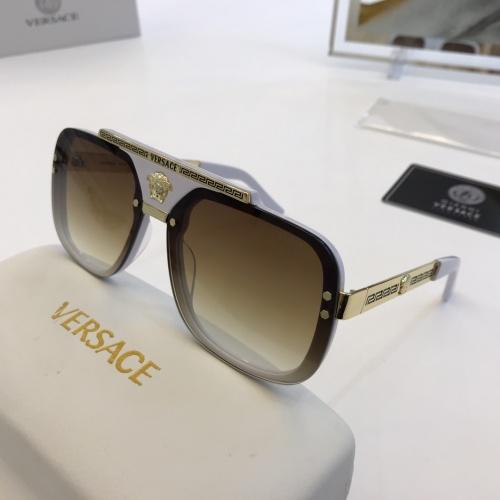 Versace AAA Quality Sunglasses #860658