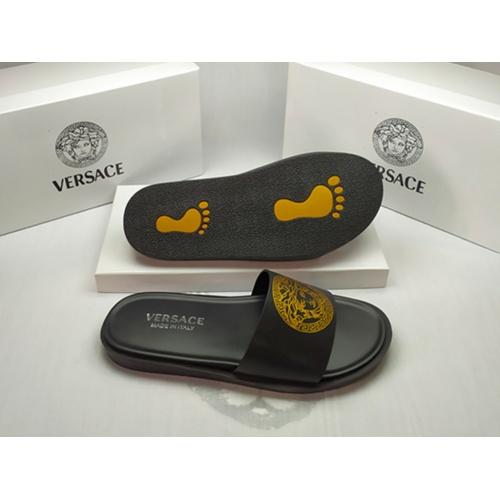 Versace Slippers For Men #861281