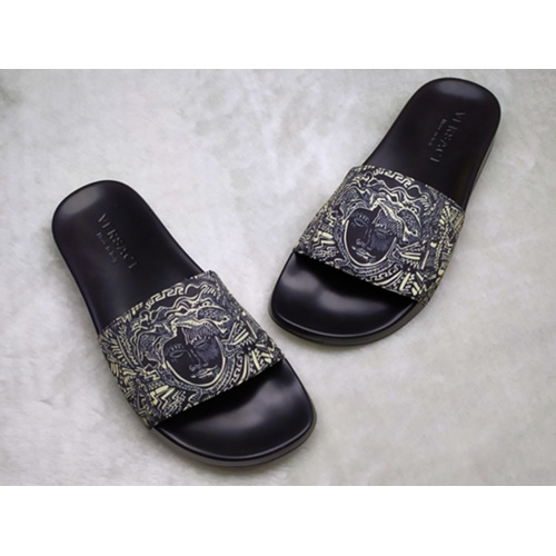 Versace Slippers For Men #861287