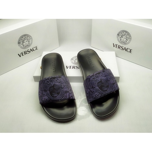 Versace Slippers For Men #861293